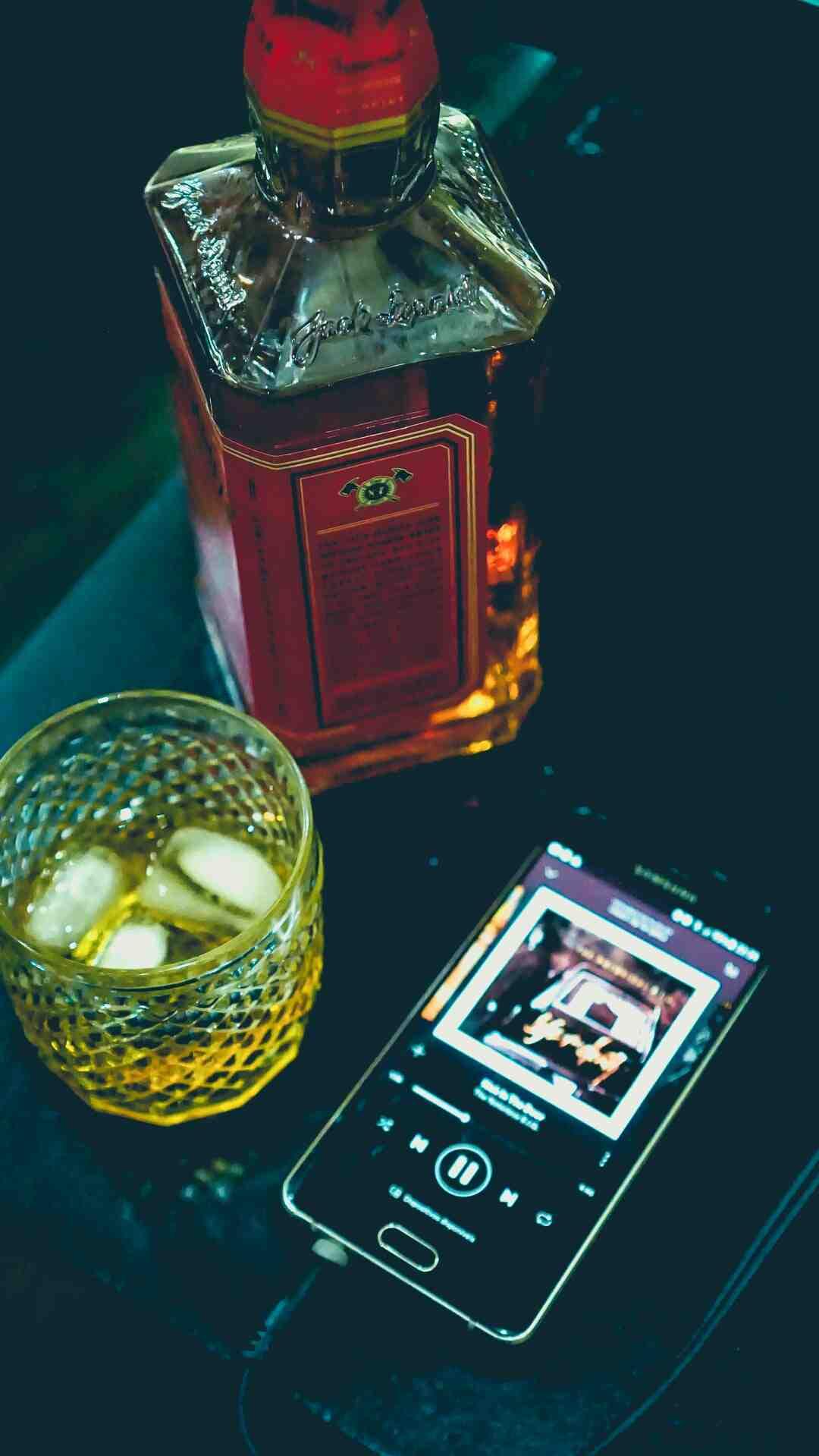 Comment préparer et boire de l'absinthe